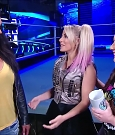 WWE_Friday_Night_SmackDown_2020_08_28_720p_HDTV_x264-NWCHD_mp4_003968168.jpg