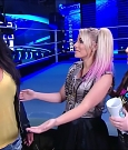 WWE_Friday_Night_SmackDown_2020_08_28_720p_HDTV_x264-NWCHD_mp4_003968702.jpg
