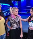 WWE_Friday_Night_SmackDown_2020_08_28_720p_HDTV_x264-NWCHD_mp4_003975108.jpg
