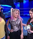 WWE_Friday_Night_SmackDown_2020_08_28_720p_HDTV_x264-NWCHD_mp4_003980480.jpg