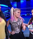 WWE_Friday_Night_SmackDown_2020_08_28_720p_HDTV_x264-NWCHD_mp4_003982883.jpg