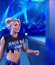 WWE_Friday_Night_SmackDown_2020_09_25_720p_HDTV_x264-NWCHD_mp4_003909509.jpg