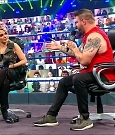 WWE_Friday_Night_SmackDown_2020_10_02_720p_HDTV_x264-Star_mkv_002769839.jpg
