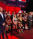 WWE_Monday_Night_RAW_2018_07_23_720p_HDTV_x264-KYR_mkv_000162551.jpg
