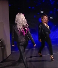 WWE_Monday_Night_RAW_2018_10_15_720p_HDTV_x264-KYR_mkv_005440751.jpg