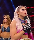 WWE_Monday_Night_Raw_2018_02_26_720p_HDTV_x264-NWCHD_mp4_000601804.jpg
