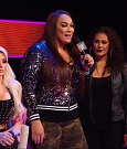 WWE_Monday_Night_Raw_2019_02_04_720p_HDTV_x264-NWCHD_mp4_006152384.jpg