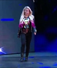 WWE_RAW_2018_06_18_720p_WEB_h264-HEEL_mp4_000214102.jpg