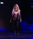 WWE_RAW_2018_06_18_720p_WEB_h264-HEEL_mp4_000214594.jpg