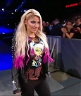 WWE_RAW_2018_06_18_720p_WEB_h264-HEEL_mp4_000224269.jpg