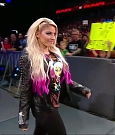 WWE_RAW_2018_06_18_720p_WEB_h264-HEEL_mp4_000224915.jpg