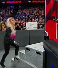 WWE_RAW_2018_06_18_720p_WEB_h264-HEEL_mp4_000227684.jpg