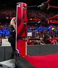 WWE_RAW_2018_06_18_720p_WEB_h264-HEEL_mp4_000229090.jpg