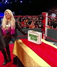 WWE_RAW_2018_06_18_720p_WEB_h264-HEEL_mp4_000235120.jpg
