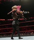 nia-jax-vs-alexa-bliss-a-wwe-raw.jpg