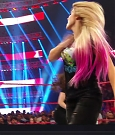 WWE_Backstage_2019_10_15_720p_WEB_h264-HEEL_mp4_000946881.jpg