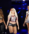 wwe-alexa-bliss-con-mickie-james-e-alicia-fox.jpg